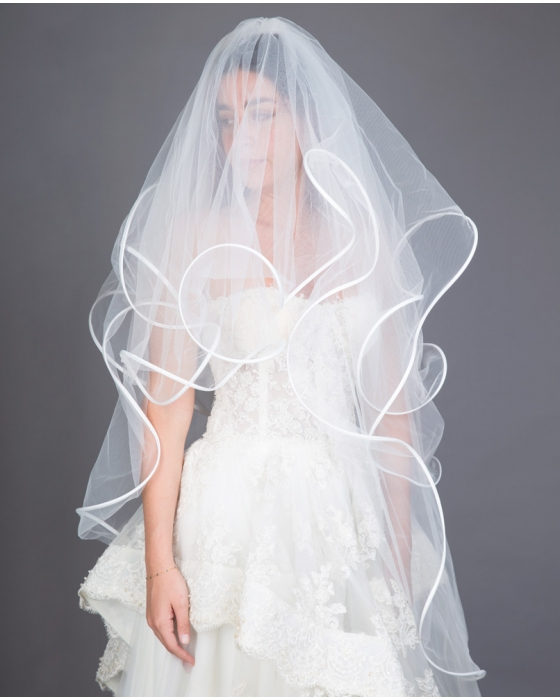 White Four-tier Ribbon Edge Veil